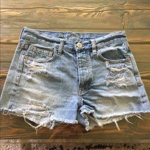 American Eagle shorts 🌼
